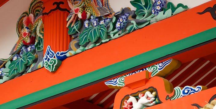 伏見稲荷大社・本殿・装飾